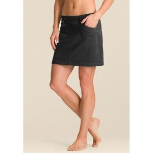Athleta Bettona Classic Skort Black - Size Medium